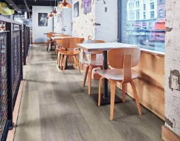LLP331 ShadowFabricOak RS COM RestaurantBar